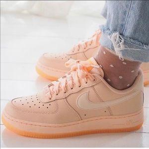 NWT Nike Air Force 1 essential Rare